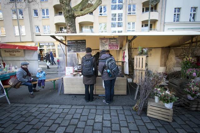 Mercato dei contadini a Kollwitz platz