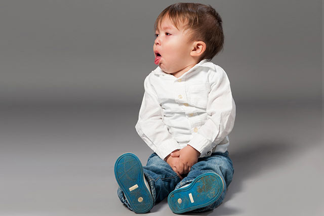 Anda yang pernah terserang batuk pasti merasa terganggu. Tenggorokan gatal, berdahak hanyalah sebagian gejala yang muncul akibat batuk. Meski bukan penyakit serius, munculnya batuk bisa dipastikan membuat pekerjaan rutinitas anda sangat ternggu dibuatnya.