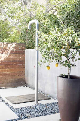 Outdoor+Shower+Enclosure-Stainless Steel
