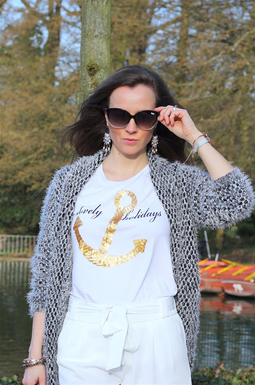 Schwarz  Weiss Outfit mit Laura Kent   Armbanduhr von MOCKBERG ... 89cfb525696c