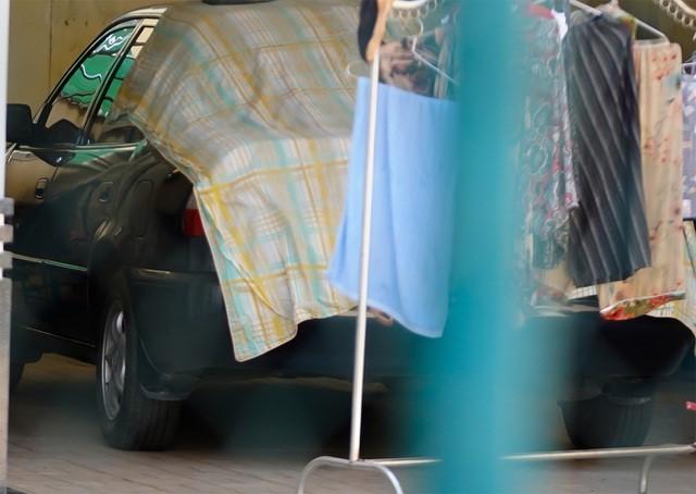 Phó Chủ tịch huyện có 2 ôtô, 4 con là Công an, Quân đội vẫn tranh suất nhà nghĩa tình của người nghèo