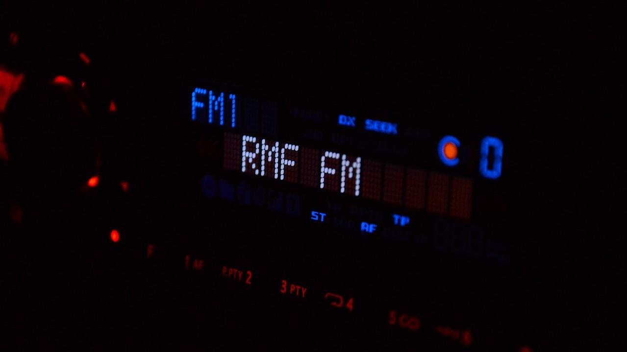 Stasiun Radio FM di Jakarta dan Sekitarnya