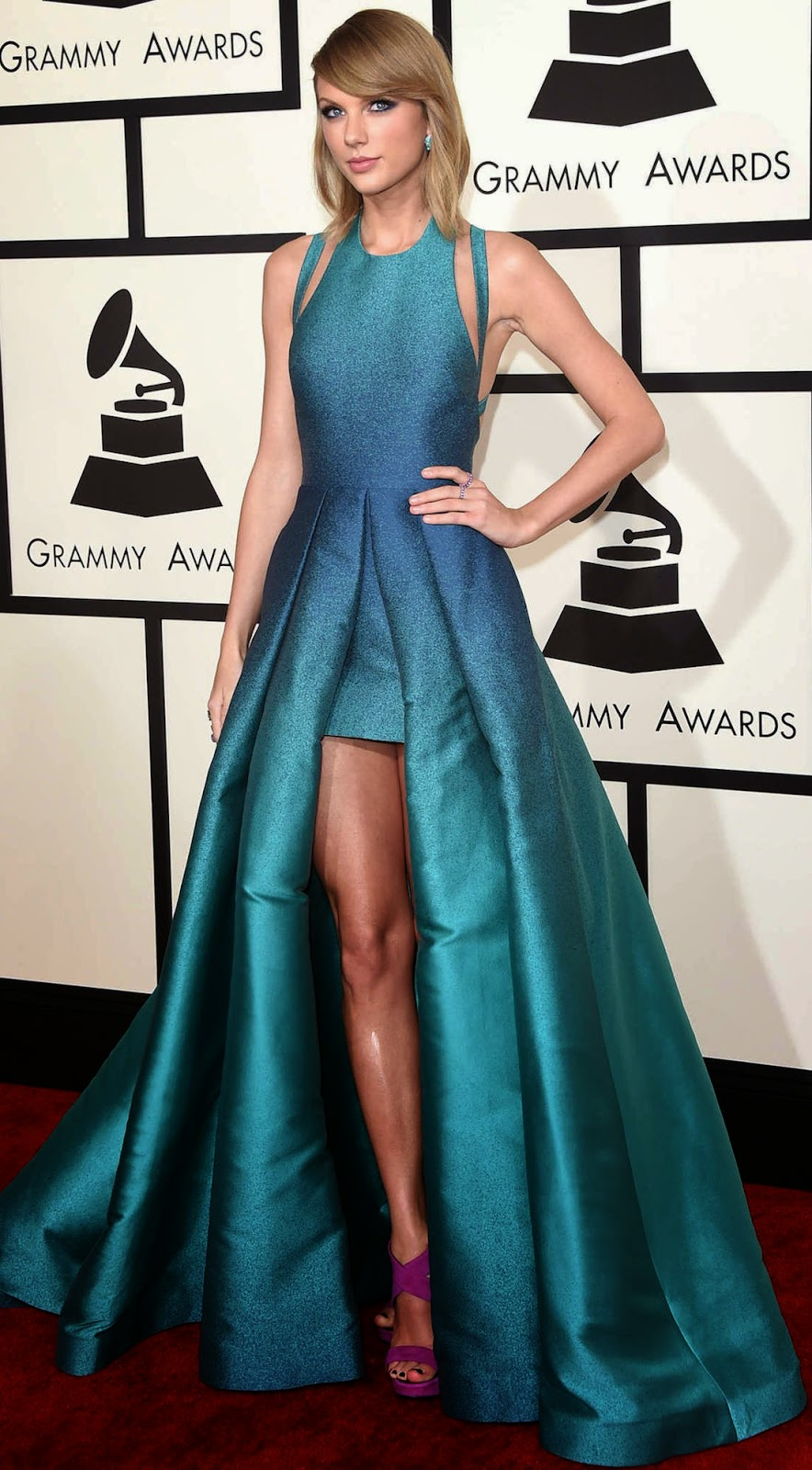 Taylor Swift 2015 Grammy Red Carpet Fashion