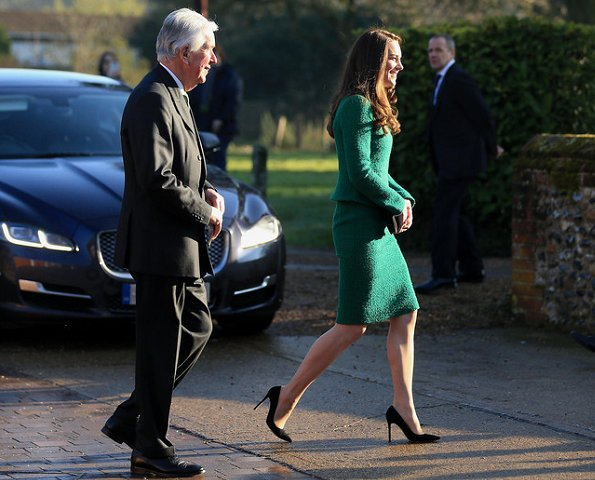 Kate Middleton wore Hobbs Suit and Jacket in Green, LK Bennett suede pumps, Kiki diamond earrings, Mulberry clutch bag
