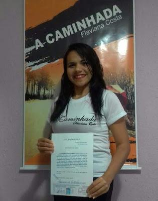 """Escritora santanense elabora o projeto """"A CAMINHADA"""", com o objetivo de auxiliar jovens com índice de depressão"""