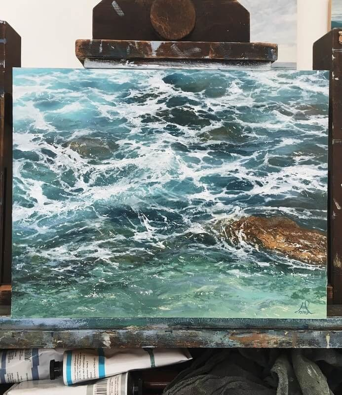 05-Irina-Cumberland-Realistic-Water-Paintings-www-designstack-co