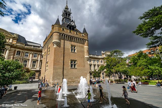 Donjon Capitole - Toulouse por El Guisante Verde Project