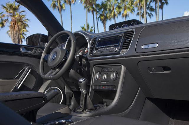 2013 Volkswagen Beetle Cabrio Interior
