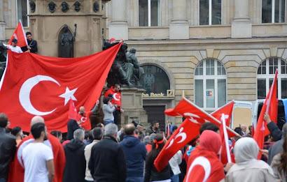 أتراك,النمسا,يطالبون,الحكومة,بضمهم,إلى,لائحة,المجموعات,الشعبية