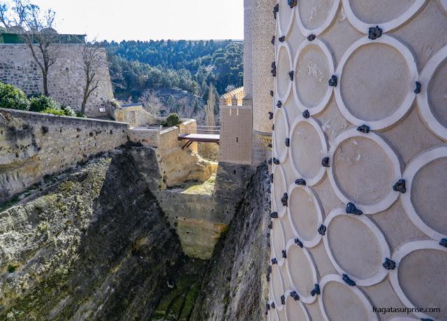 Fosso e ponte levadiça do Alcázar de Segóvia