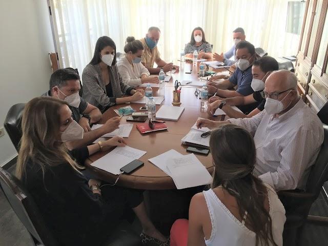 Fuerteventura.- Pleno de La Oliva da luz verde a la nueva estructura administrativa del gobierno de Pilar González