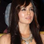 Hot Sana Khan at Gallery Event