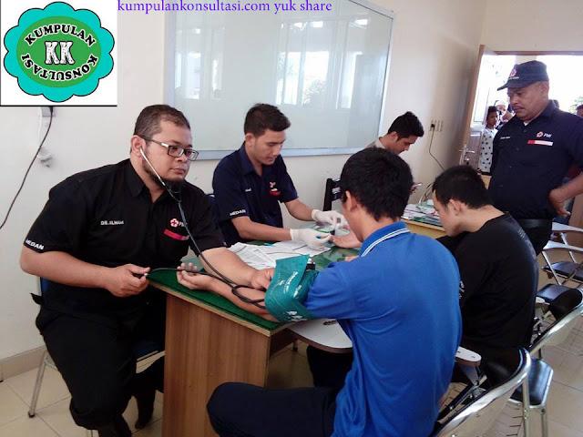 100 Kantong Darah di Jum'at Penuh Berkah STAI AS-SUNNAH