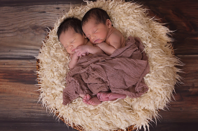 Gambar Bayi Kembar Laki Laki Abhizar dan Naizar