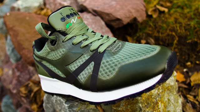 Diadora N.9000 Bright II Green-Black Foot Locker Exclusive | Ein Sneaker für den Herbst