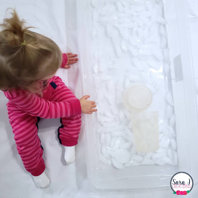 Ice and water sensory bin