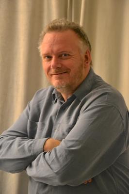 Av. Jörgen Milton