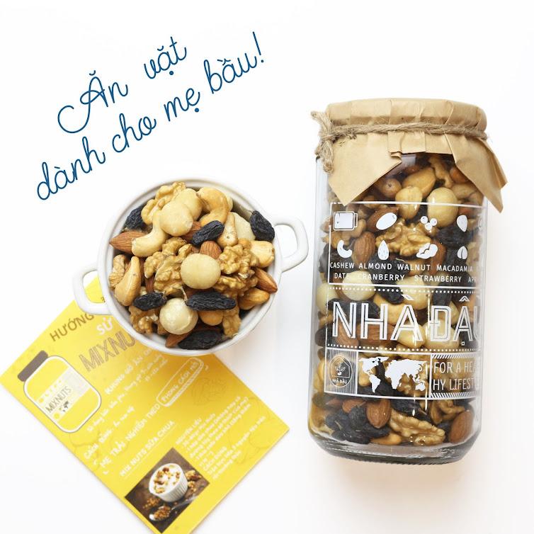 Quà tặng Bà Bầu: Combo Mixnuts + Mixfruits dinh dưỡng