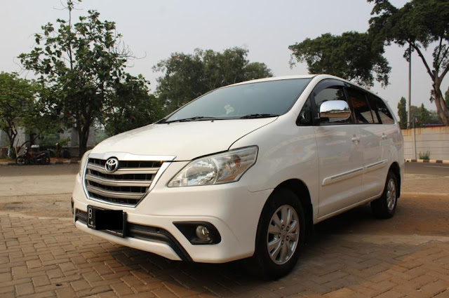 Toyota Innova Batam Car Rental