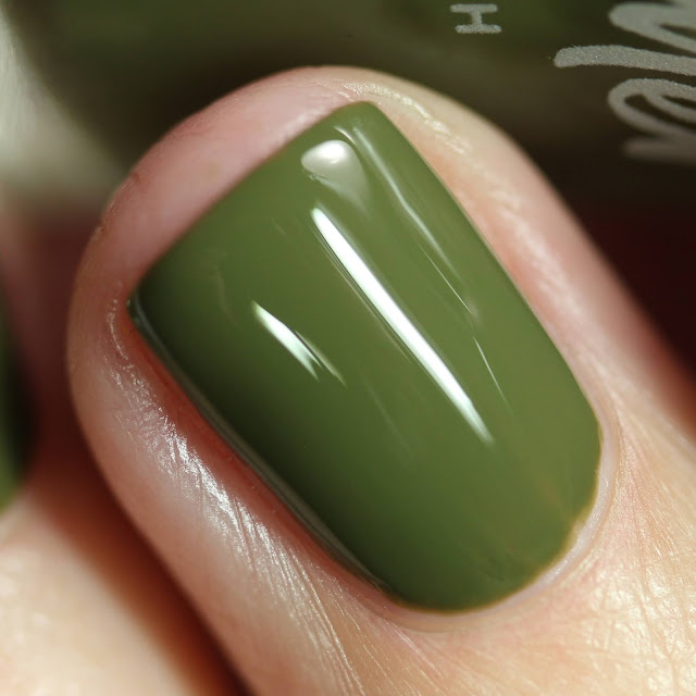 KBShimmer Thyme On My Hands swatch