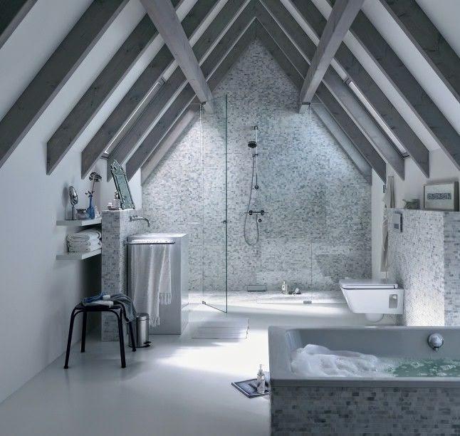 Home challenge les combles - Salle de bain sous les toits ...