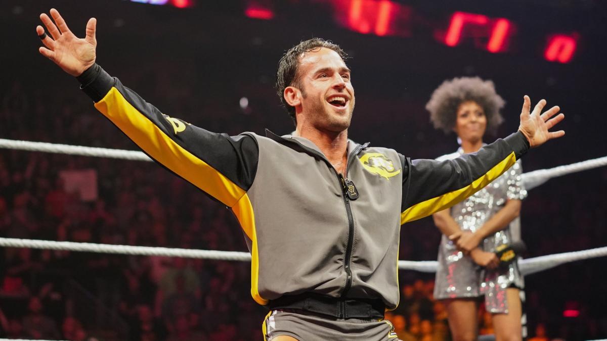 Roderick Strong conquista o NXT Cruiserweight Championship
