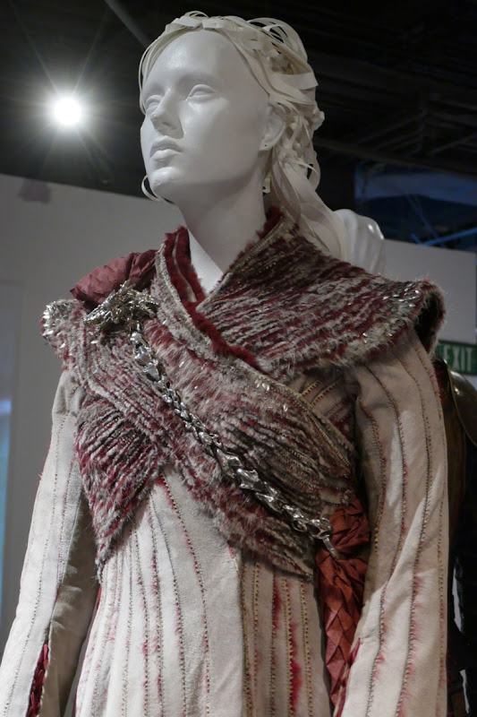 Game Thrones Daenerys season 8 costume