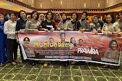 Kapolsek Medan Helvetia Nobar Film Sang Prawira bersama Anggotanya