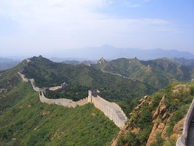 tembok raksasa china bahanatour semarang
