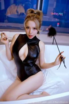 Nữ sinh Nhật chụp ảnh sex