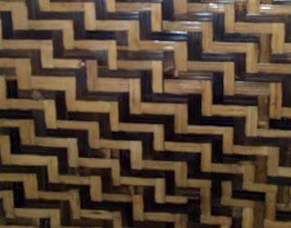 motif bilik bambu tangga