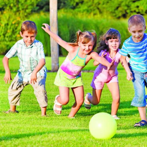 فوائد اللعب عند الطفل