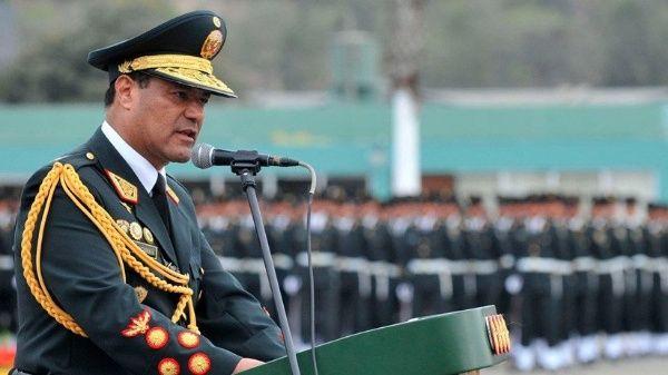 Arrestan a exdirector de la Policía de Perú por venta de bebés