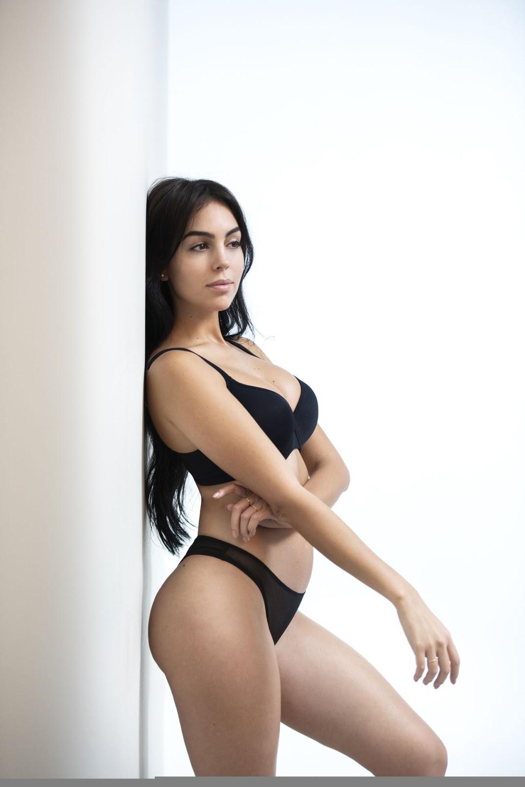 Pics of spanish nudes