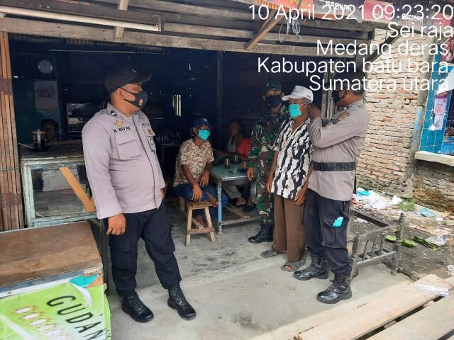 Personel Jajaran Kodim 0208/Asahan Bersama Babinkamtibmas Untuk Komsos Dengan Mitra Karib