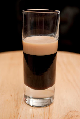 baby guinness, guinness beer shot, kahlua, coffee liqueur, baileys irish cream liqueur