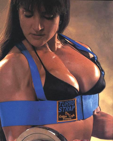 Muscular female bodybuilder lisa cross topless video - 1 8
