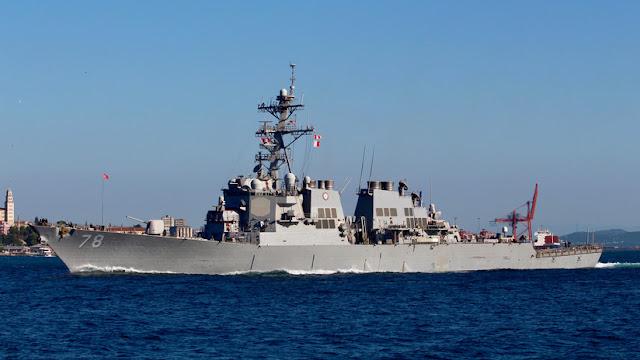 La Armada rusa acompaña a un destructor de EE.UU. que entró en el mar Negro