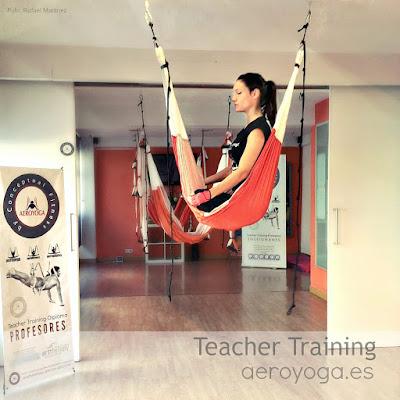 yoga, aeroyoga, yoga aerien,art, vie, valerie marie, stage, formation, enseignants, articles, presse, formation professionelle, professeur, hamac yoga, balancoire, suspension. gravity, sante, mise en forme, maigrir, sport, anti, age