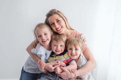 Jennifer Unsworth with children