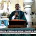 Movimentação política atrapalha missa e padre reage: 'Que Deus todo poderoso faça que esse candidato não ganhe'