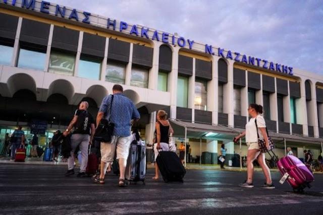 Liberation : Οι γερμανοί τουρίστες στην Κρήτη έφεραν τον κορωνοϊό… στη βαλίτσα τους