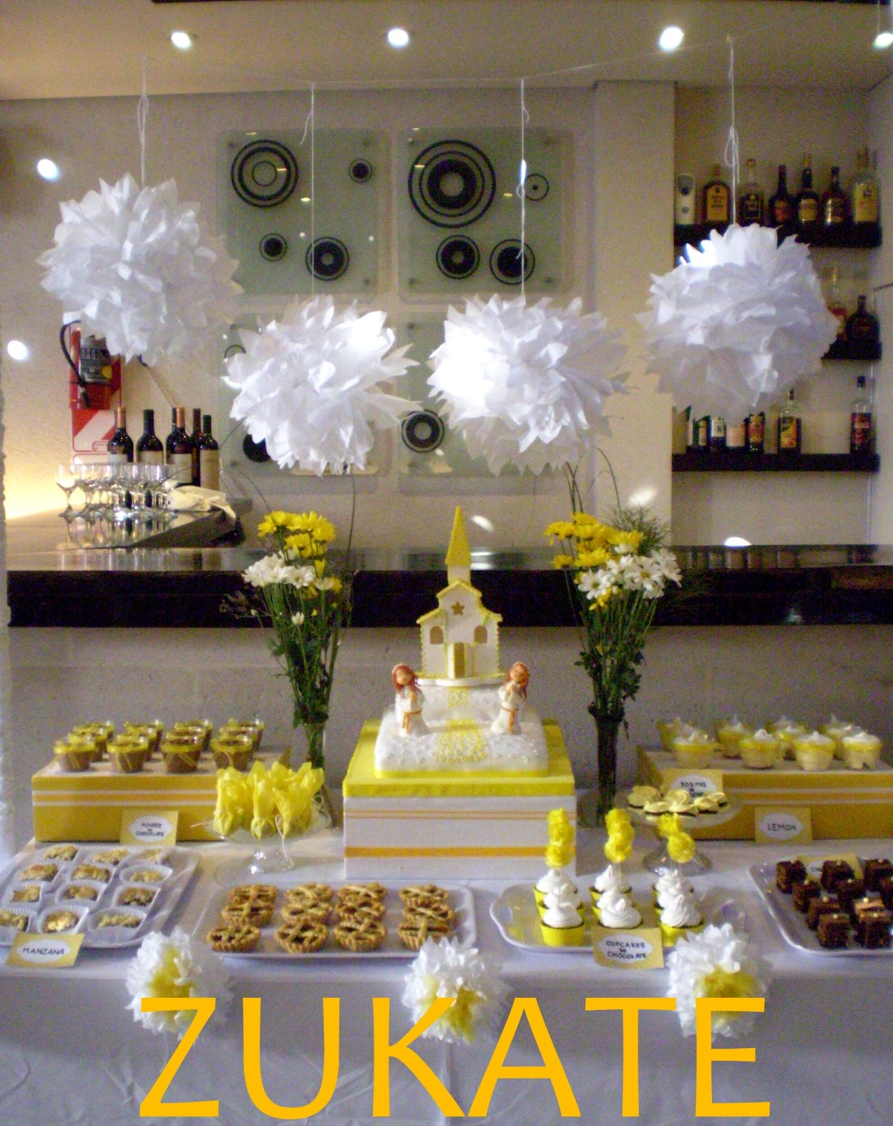 Primera comuni n nenas zukate - Ideas para mesas dulces de comunion ...