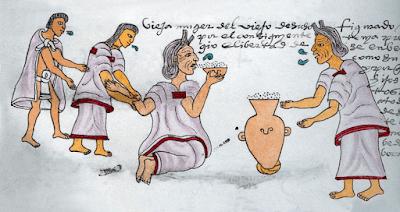 idosa bebendo pulque asteca