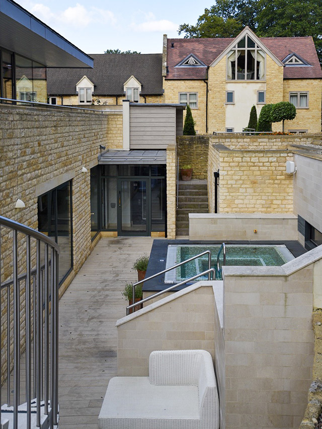 Dormy House Cotswolds Luxury Hotel jacuzzi
