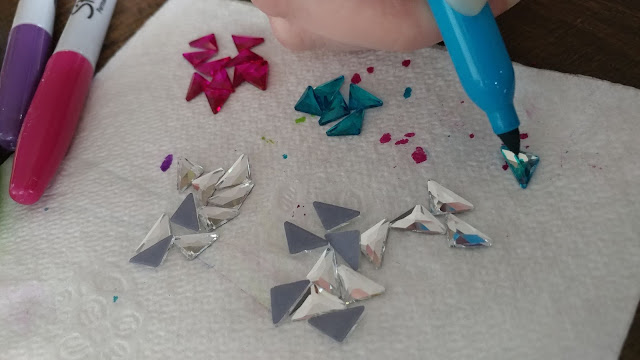 Coloring hot-fix crystals with Sharpies