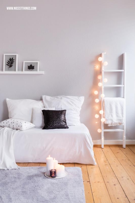 Winterdeko Ideen Wohnzimmer #winterdeko #wohnzimmer #winter #interior #blogger #leiter #lichterkette #skandi