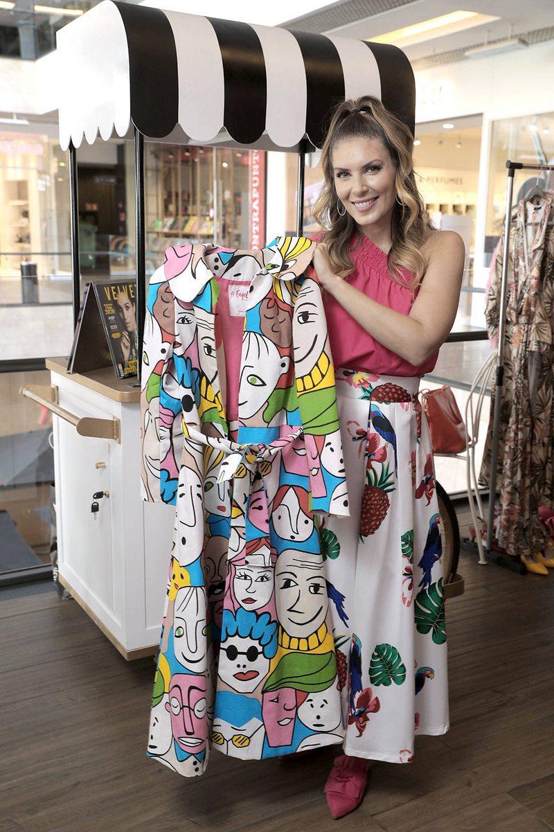 Eugenia Lemos vende la ropa que usó sólo una vez