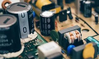 Karakteristik Sebuah Kapasitor - Elektronika Dasar