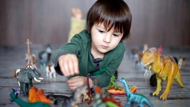 Minat Dinosour Atau Minat Mendalam Petanda Anak Anda Bijak!